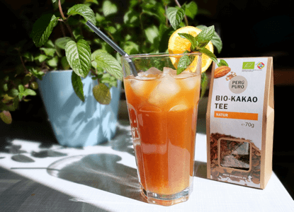 Bio-Kakao-Eistee mit Orange und Minze