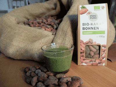 gruener-smoothie-mir-rohkost-kakaobohnen