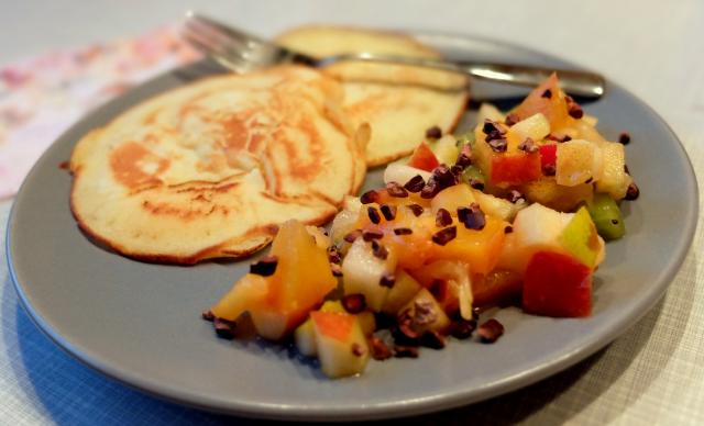 Pancakes Kakaonib-Fruchtsalat